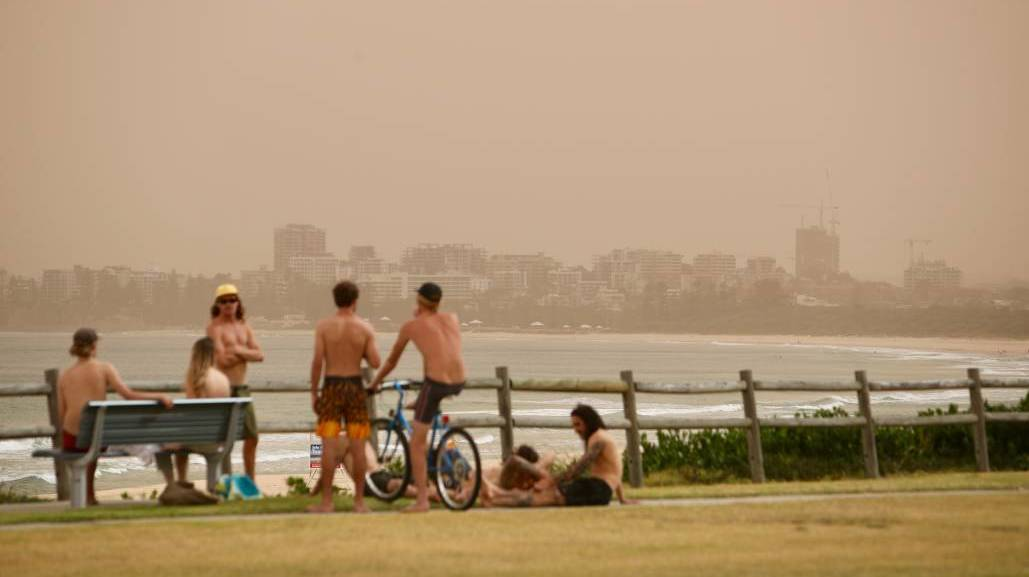 A smoke haze blankets the Illawarra during last summer's bushfire crisis.