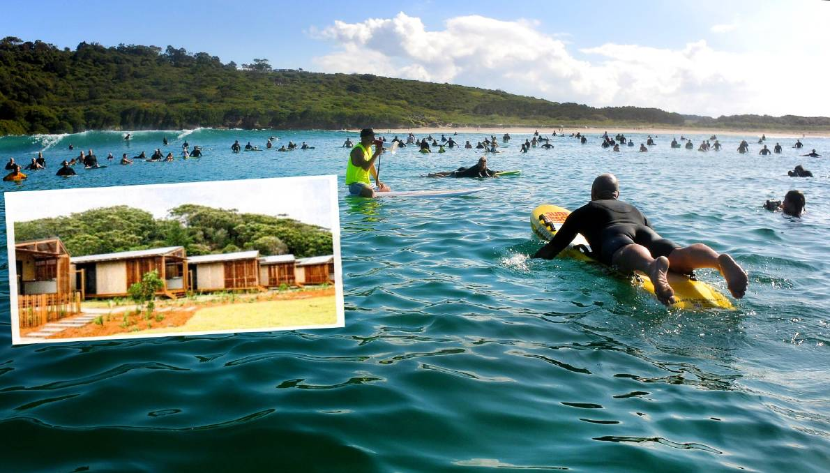 A record-breaking 682 people took part in a paddle out on Saturday morning at The Farm. Photo: Sylvia Liber