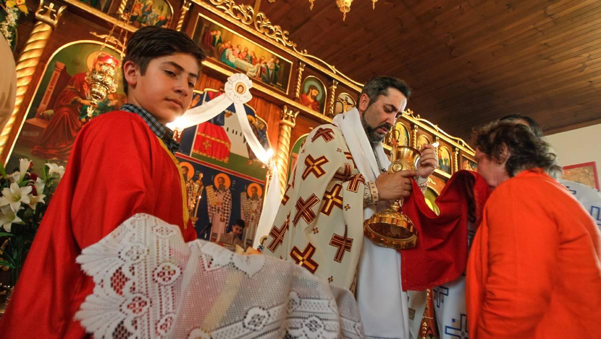Greek community celebrates Saint Nektarios' feast day: photos | Illawarra  Mercury | Wollongong, NSW